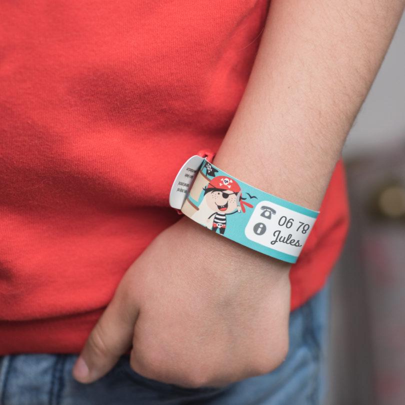 una grande varietà di modelli disponibilità nel Regno Unito come serch Siti per fare le etichette adesive personalizzate asilo e scuola